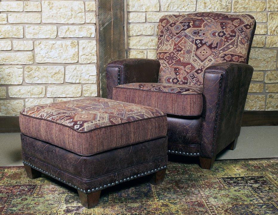 2418 01 Hollister Chair